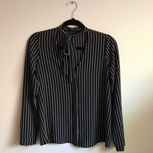 modern F21 stripped bow-tie front blouse😍